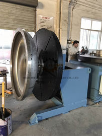 China Heavy Duty Rotary Welding Positioner with Rotating and Tilting Motor 2Ton at vertical position supplier