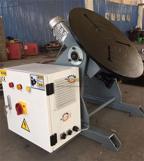 China Light Duty Welding Table Hand Wheel With Foot Pedal 300kg 600mm table supplier