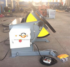 China Tilting Rotary Welding Positioner With Slew Bearing 1200KG Loading 1200mm Table supplier