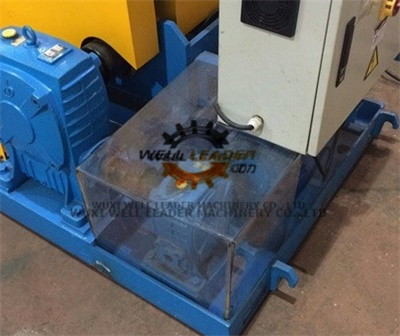 Pipe Self Aligned Welding Rotator , Pipe Welding Rotator For Automatic  Blasting