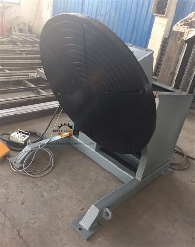 Tilting Rotary Welding Positioner With Slew Bearing 1200KG Loading 1200mm Table